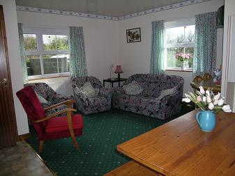 Gwyddfid cottage lounge, quiet and relaxing. Sleep 6, 2 bathrooms.